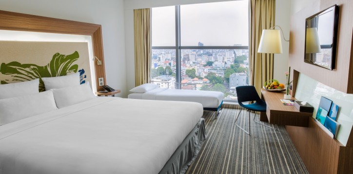 roomsuites-executive-2-2
