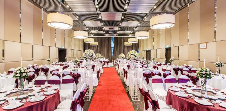 ballroom-full-wedding-set-up-2-copy-2